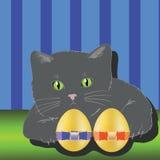 猫和二个复活节彩蛋 免版税库存照片