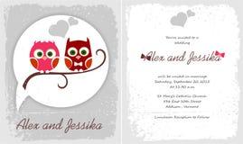 与猫头鹰的愉快的婚礼邀请 库存图片