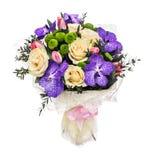 与玫瑰、郁金香和兰花的花束 图库摄影