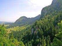 与现场ofHohenschwangau的Alpsee库存照片