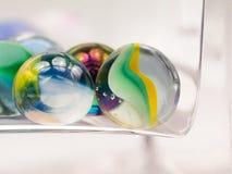 与玻璃大理石的抽象构成 免版税库存照片