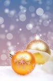 与球的圣诞节背景 库存照片