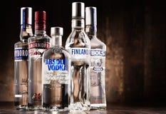 与瓶的构成全球性伏特加酒品牌 库存图片