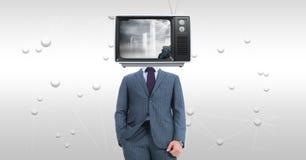 与电视的商人在站立反对抽象背景的面孔 免版税库存图片