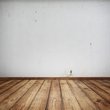 与白色墙壁的经典室内部 免版税库存图片