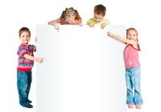 与白色横幅的孩子 免版税库存照片