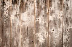 与白色油漆的老木板条纹理 库存照片