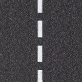 与白色破折线的柏油路顶视图 免版税库存图片
