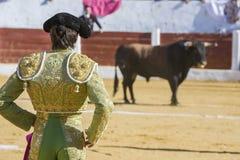 与的西班牙斗牛士塞巴斯蒂安Castella斗牛 免版税图库摄影
