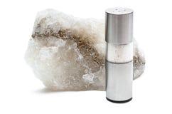 与盐瓶的岩盐 图库摄影