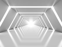 与相称白色光亮的隧道内部的抽象背景 免版税库存图片