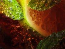 与石灰和薄菏的碳酸化合的饮料 图库摄影
