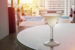 与石灰的鸡尾酒玛格丽塔酒 免版税图库摄影