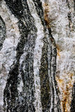 与石头层数的矿物  免版税库存图片