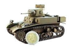 与硬币的轻型坦克M3 免版税库存图片