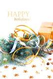 与礼物的圣诞树分支在红色箱子 免版税库存图片