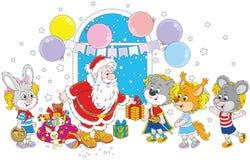 与礼物的圣诞老人孩子的 免版税图库摄影