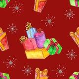 与礼物的水彩圣诞节无缝的样式 皇族释放例证