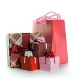 与礼物盒的礼物袋子 免版税库存图片