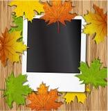 与秋叶的照片框架 免版税库存图片