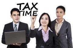 与税时间的配合 免版税库存照片