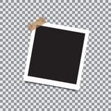 与稠粘的磁带的空的减速火箭的照片框架在透明背景 库存例证