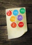 与稠粘的笔记的每周Pin 库存图片