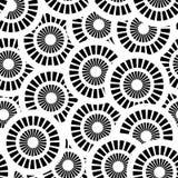 与空白和黑色圈子的无缝的模式 免版税库存图片