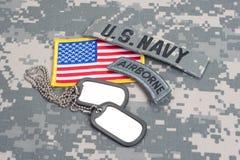 与空白的卡箍标记的美国陆军空中选项 免版税库存图片