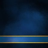 与空白的蓝色的典雅的蓝色背景布局和金子镶边步行者 库存图片