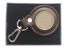 与空白金属片的Keychain 免版税库存照片