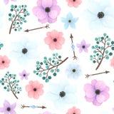 与箭头、花和莓果的无缝的样式 免版税库存图片