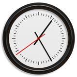 与箭头的古典简单的时钟表盘在白色背景中 免版税库存照片