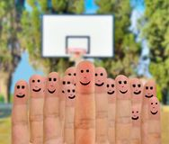 与篮球一起 库存图片