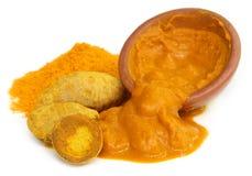 与粉末和浆糊的姜黄 免版税库存图片