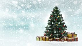 与红色和金黄当前箱子的美丽的装饰的圣诞树在一个多雪的冬天风景 免版税库存照片