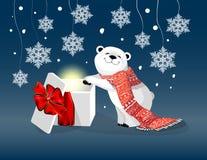 与红色围巾和圣诞节礼物的北极熊在与雪花的蓝色bacjground 向量例证