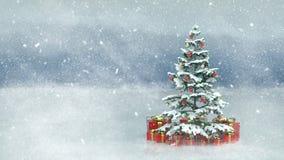 与红色当前箱子的美丽的装饰的圣诞树在一个多雪的冬天风景 免版税图库摄影
