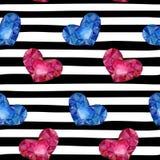 与红色末端蓝色水彩心脏的无缝的背景在条纹 设计婚礼的贺卡和邀请,生日, 库存照片