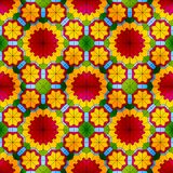 与红色花的彩色玻璃无缝的样式 免版税库存照片