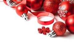 与红色装饰品的圣诞节边界 库存图片
