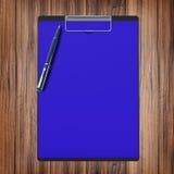 与纸和笔,企业概念的文件夹 库存照片