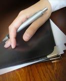 与纸的皮革企业案件 免版税库存照片