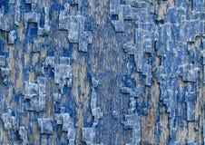 与纹理的装饰背景崩裂了老蓝色油漆求爱 免版税图库摄影