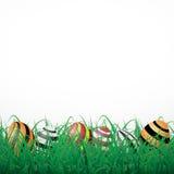 与线的复活节彩蛋在白色光亮的背景的草 免版税库存图片