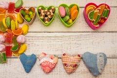 与织品心脏的框架 免版税库存照片