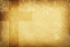 与织品花和大十字架的宗教卡片 免版税库存照片