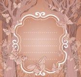 与结构树和蝴蝶的布朗背景 免版税库存照片