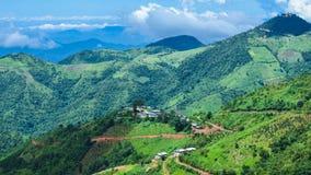 与绿色山的美好的风景视图从Kalaw,掸邦,缅甸 库存图片