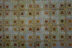 与绿色花饰的Azulejos 库存图片